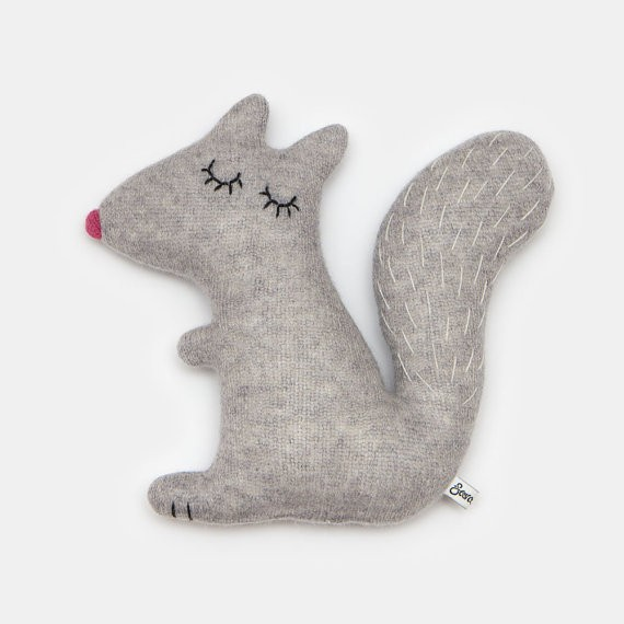 Doris das Eichhörnchen, by Sara Carr